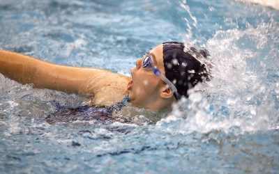 swimmer-1515222_640
