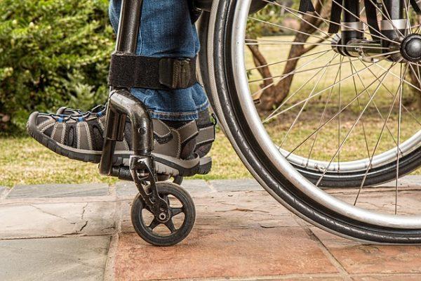 wheelchair-1595802_640